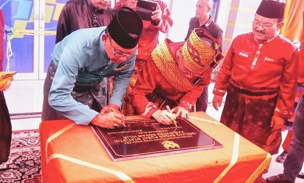 Dr Suhariyanto, Hadir Dalam Peresmian Gedung BPS Rohil