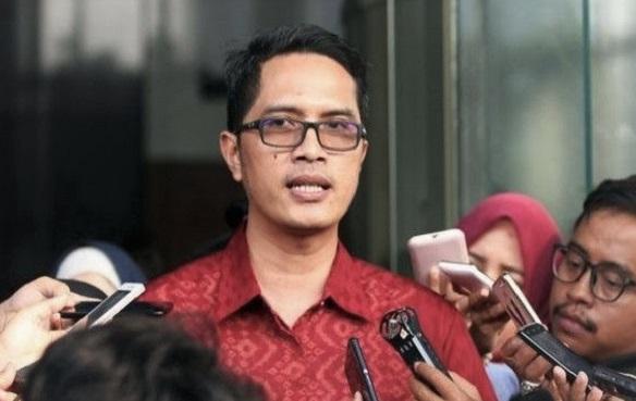 Maraknya Korupsi Perizinan, KPK Ingatkan Bima Arya