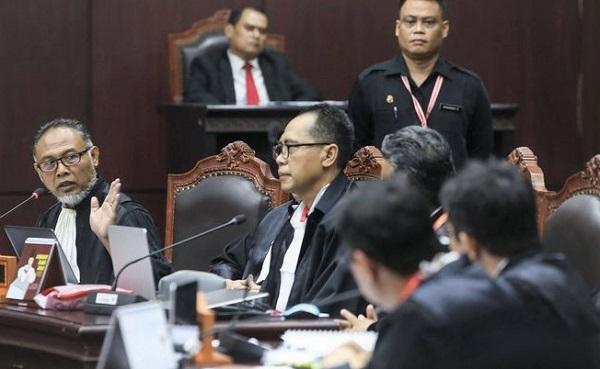 Bambang Widjojanto: Tim Paslon 01 Melanggar Azas Pemilu Pasal 22E Ayat (1) UUD 1945