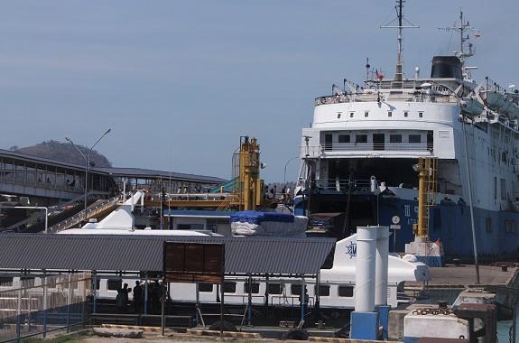Pemudik yang bersiap untuk arus balik dari Pelabuhan Bakauheni mengarah ke Merak di prediksi meningkat. Guna mengurai kepadatan, PT ASDP Indonesia Ferry (Persero) memberikan diskon tarif sesuai Surat Edaran Direktorat Jenderal Perhubungan Darat Kementerian Perhubungan.