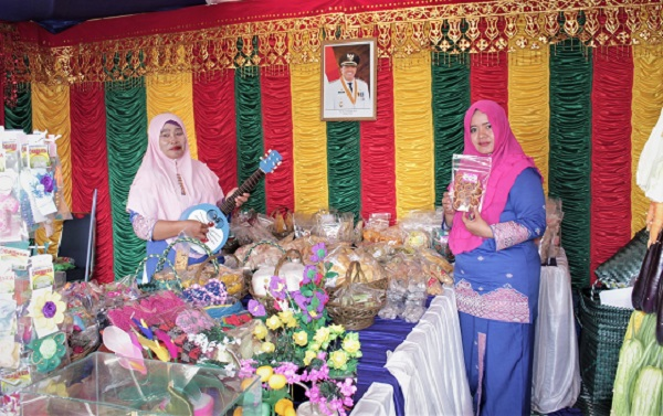 Produk Unik UKM Kecamatan Tualang Ramaikan Bazar MTQ Kabupaten Siak ke 19